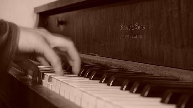 piano-962995_1280